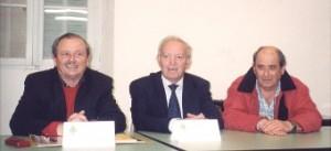 André, trésorier de l'Association, au cours d'une Assemblée générale à Solliès Ville en présence de M. Geoffroy sénateur maire
