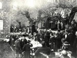 Marius Bar immortalise un repas dans le jardin de l'Oustaou de Maurin des Maures © Photo aimablement communiquée par Edit. Marius Bar Toulon